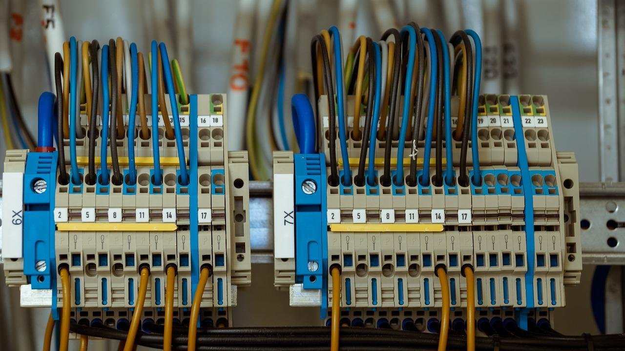 wire-1098059_1280